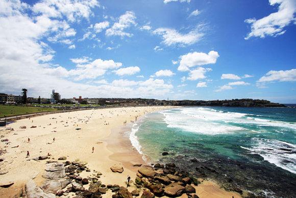 Panorámica de Bondi Beach, la playa más famosa de Sidney