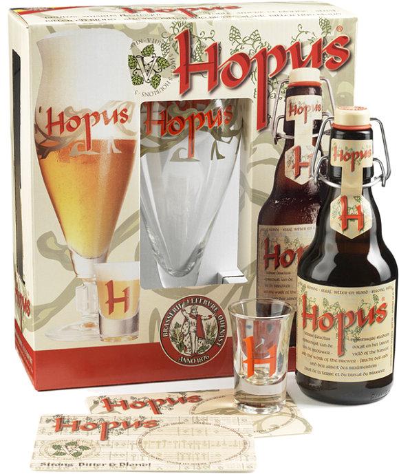 Imagen de un pack compuesto por vaso, chupito y botella de la cerveza Hopus
