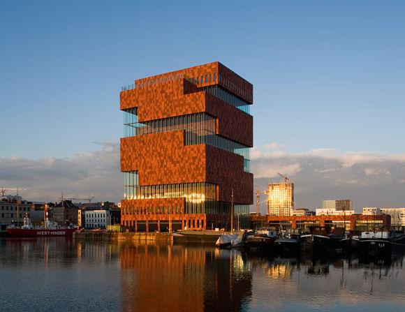 Fachada del nuevo Museo MAS en Amberes