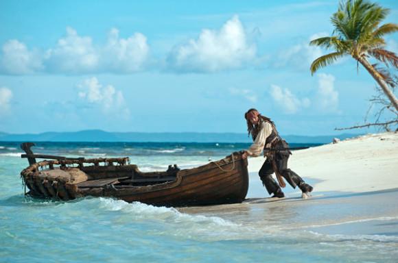 Johnny Deep caracterizado como Jack Sparrow en la nueva entrega de Piratas del Caribe