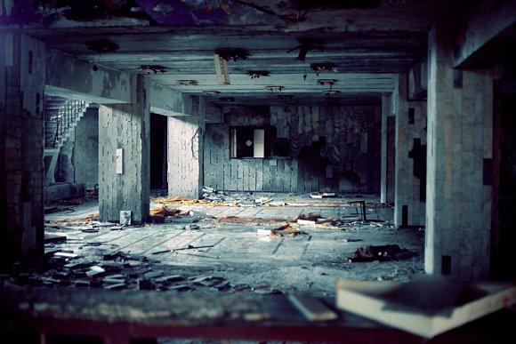 Interior de un hotel abandonado en la localidad de Pripyat, Ucrania