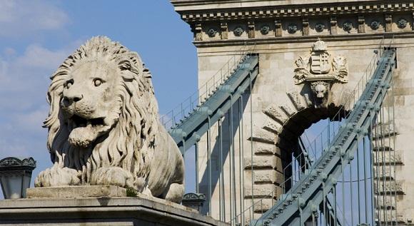 puente cadenas leon