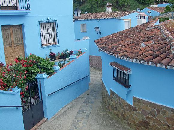 Casas de Júzcar pintadas de azul