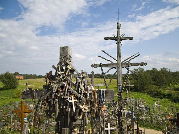 Cruces amontonadas