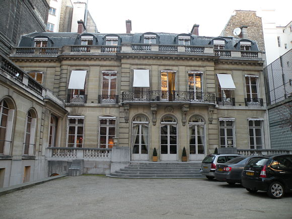 Edificio en el que se ubica el Museo de la Falsificación