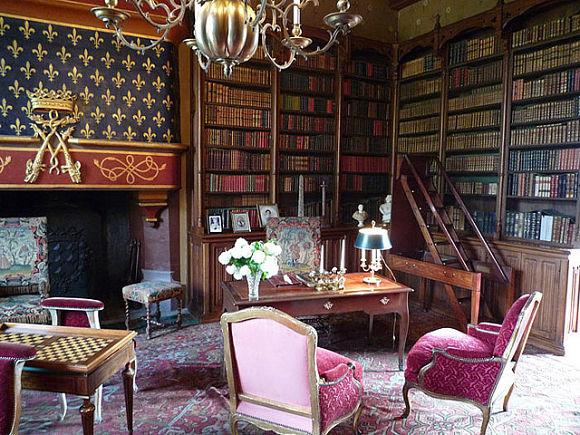 Biblioteca castillo Josselin