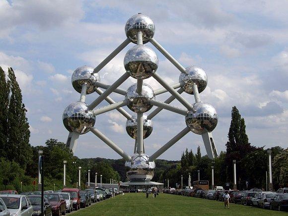 Imagen general del Atomium en Bruselas