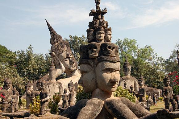 Escultura dentro del Parque de los Budas, Buddha Park, en Laos