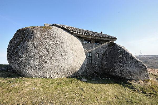casa piedra fafe portugal