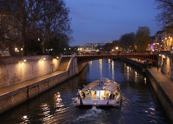 crucero sena paris noche