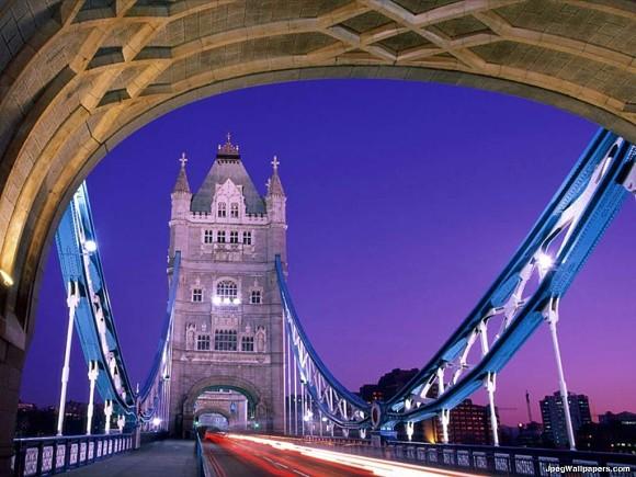 Imagen desde el interior del Tower Bridge de Londres