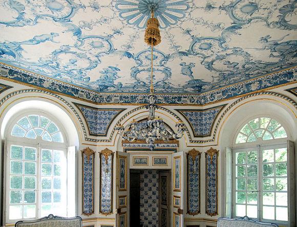 El pabellón Pagodenburg se utiliza actualmente para realizar exposiciones de jóvenes talentos de la ciudad
