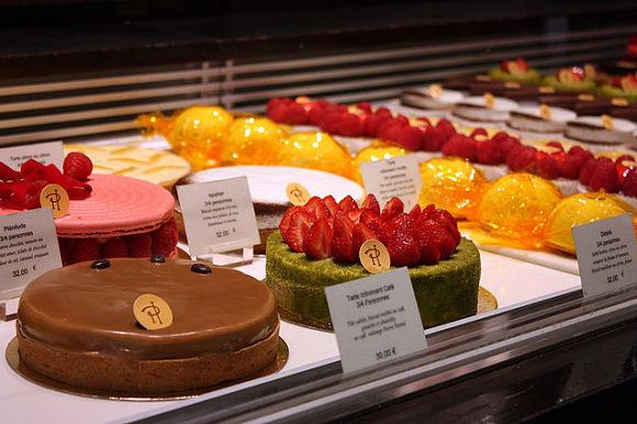 Pierre Hermé es famoso por las sabrosas combinaciones pasteleras que crea