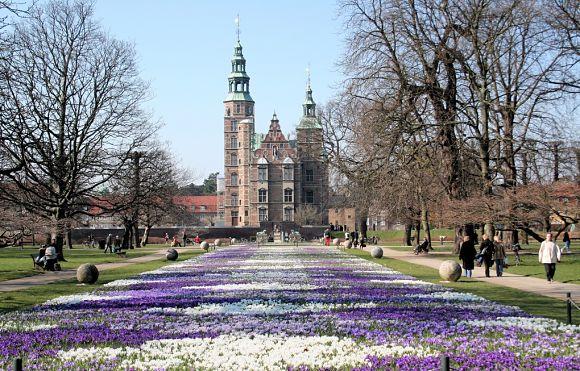 El Palacio Rosenborg está muy bien ubicado y es un lugar al que se puede acceder fácilmente desde cualquier punto de la ciudad