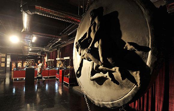 En el museo erótico de Moscú encontraremos más de 3.000 objetos y cuadros eróticos muy variados