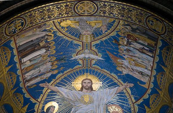 Fotografía tomada en el interior de la Basílica del Sagrado de Corazón de París