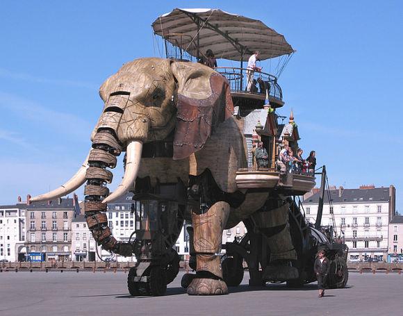 En la ciudad de Nantes se abre un parque repleto de representaciones de los monstruos Julio Verne