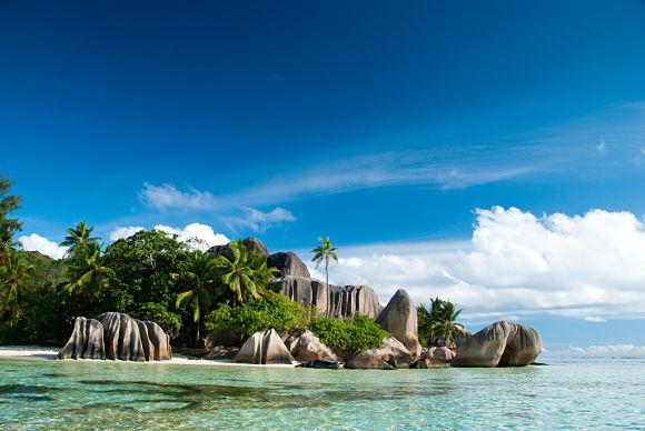 La playa de Anse Source D'Argent es, por todos sus atractivos, una de las playas más bellas del planeta