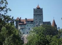 El castillo de Bran atrae a miles de turistas que se interesan por su relación con el Conde Drácula   Ruben H.