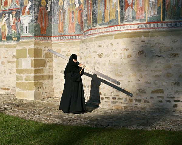 Monasterio Sucediva monja rumana