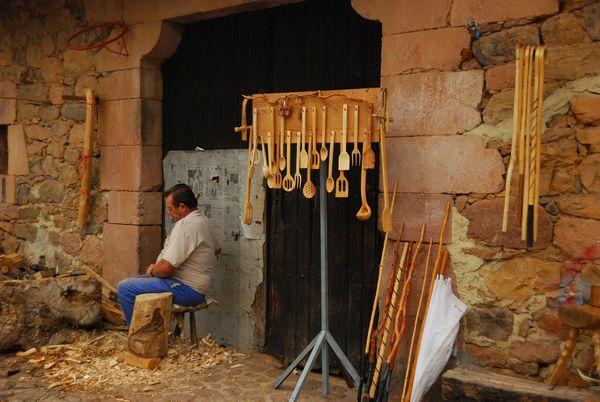 Carmona pueblo cantabria albarquero