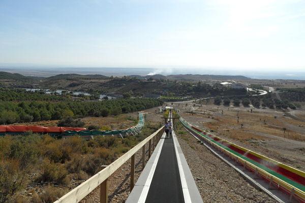 Vistas del parque de Sendaviva desde la cinta transportadora del Bosque