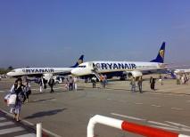 Ryanair es una de las aerolíneas que opera con Bruselas conectando el aeropuerto de Charleroi