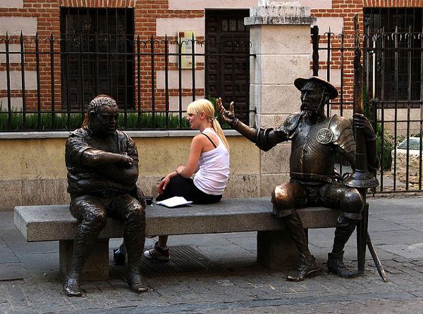 Escultura de Don Quijote de la Mancha en Alcalá de Henares