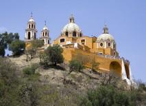 Imagen del santuario de Nuestra Señora de los Remedios de Cholula, México
