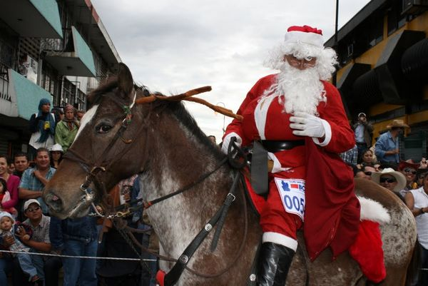 Tradiciones y costumbres navide as en costa rica - Costumbres navidenas en alemania ...