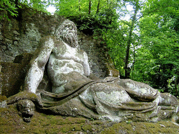 bomarzo esculturas