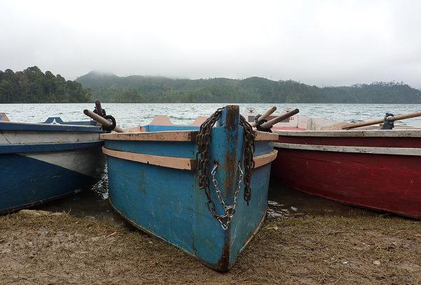 lagunas montebello botes
