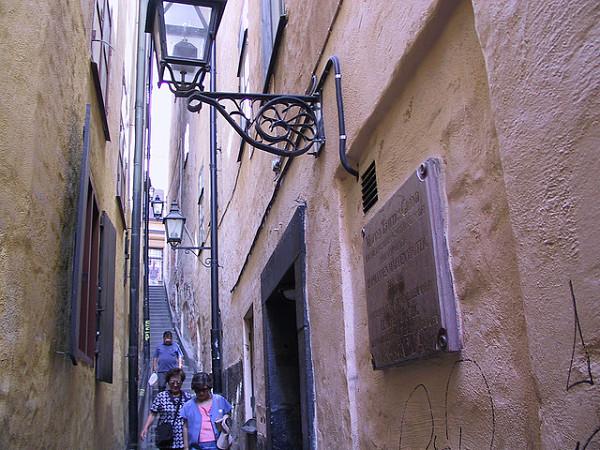 Marten Trotzigs Grand calle mas estrecha Estocolmo
