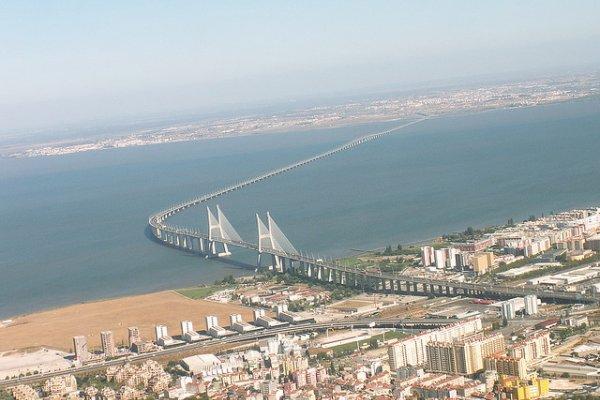 puente vasco da gama mas largo de europa