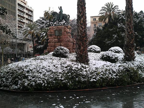 nieve mallorca plaza españa