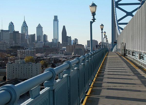 puente benjamin franklin viajeros