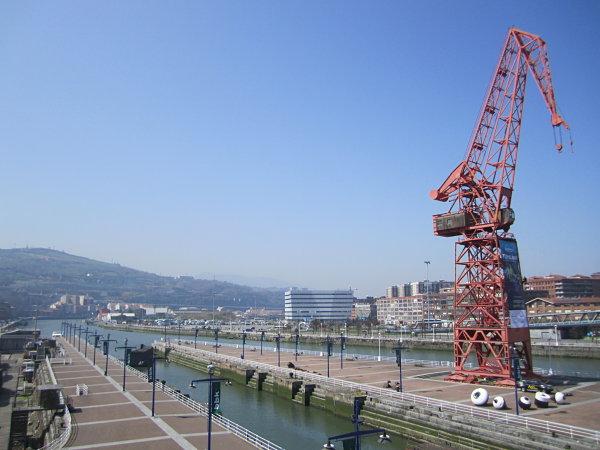 ria Bilbao grua Karola