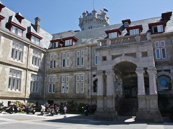 palacio la magdalena reyes