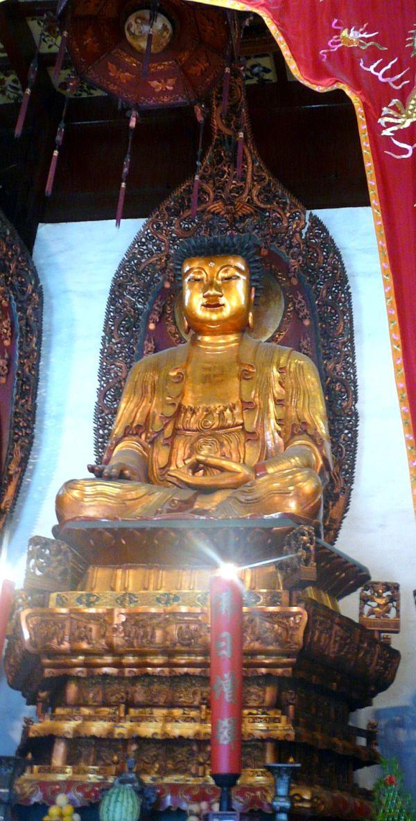 templo buda jade figuras