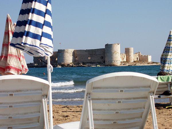 Kizkalesi fortaleza flotante