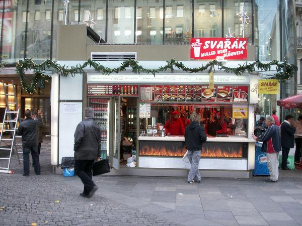 Salchichas Praga puesto comida