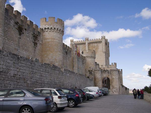 castillo peñafiel bodegas protos