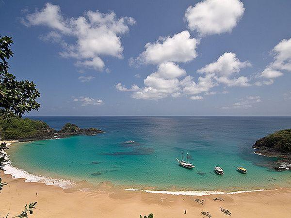Praia do Sancho playa brasil