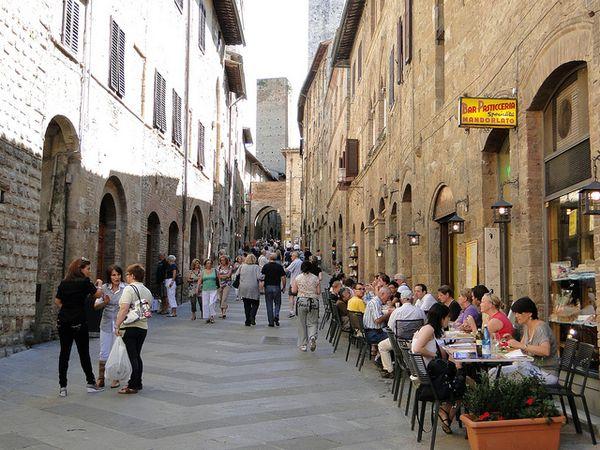 San Gimignano calles casco antiguo