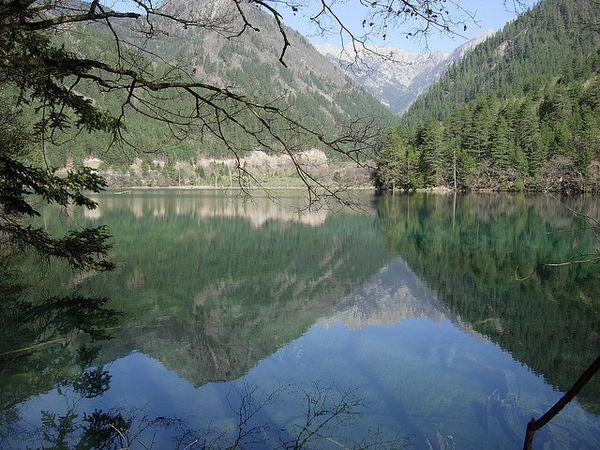 lago wu hua hai Jiuzhaigou china