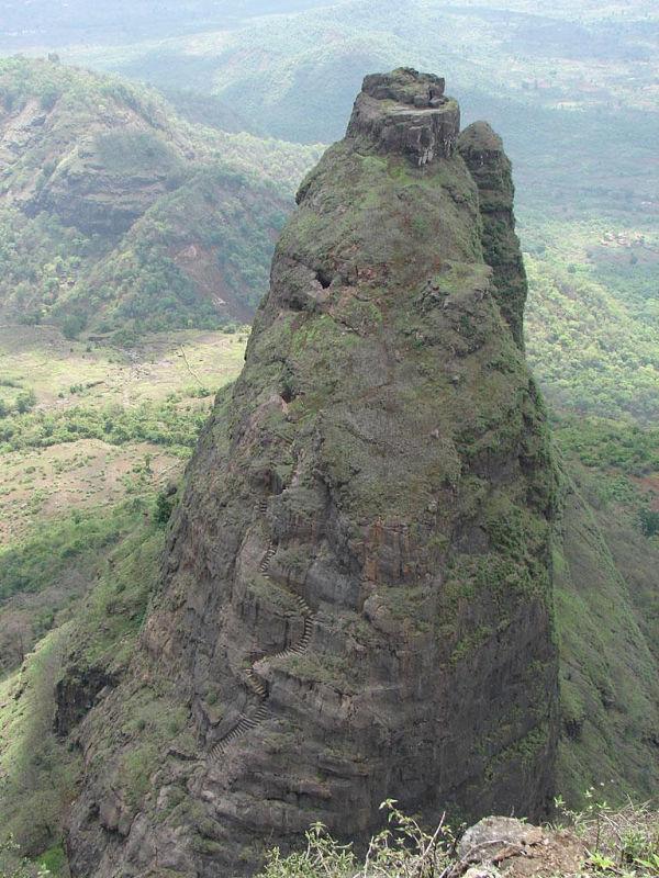 lugares abandonados Kalavantin Durg