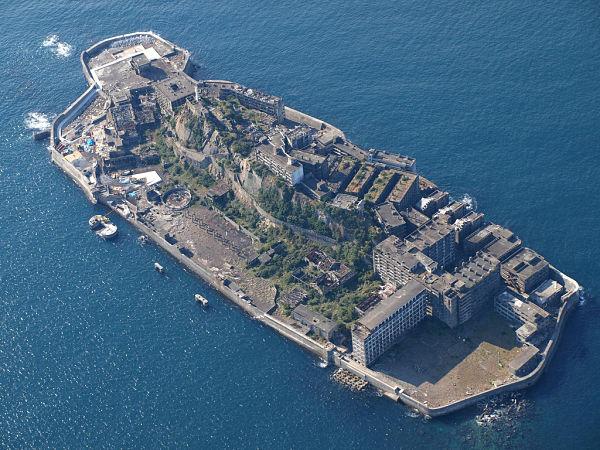lugares abandonados isla hashima japon
