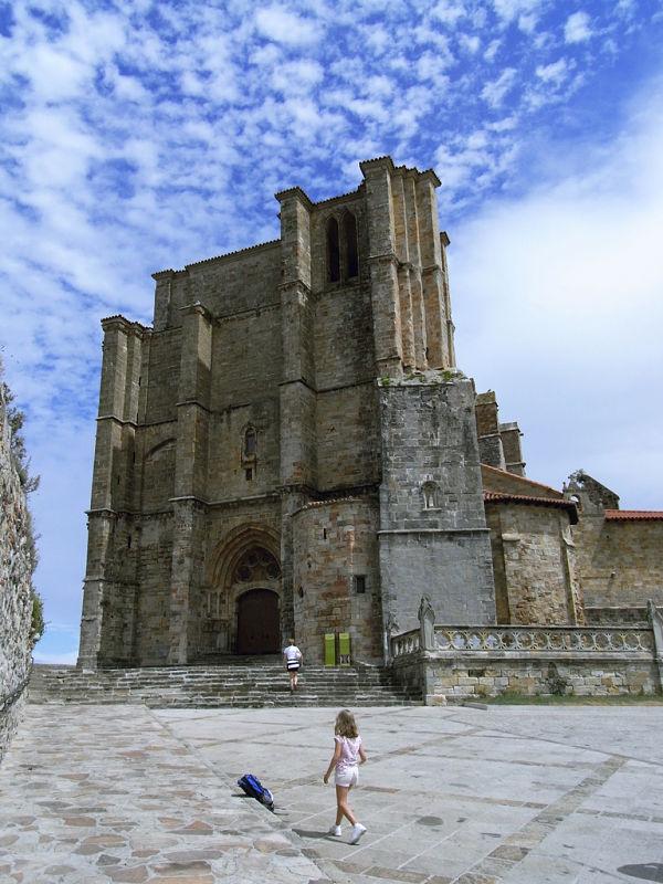 castro urdiales iglesia santa maria