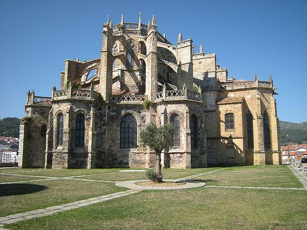 castro urdiales iglesia