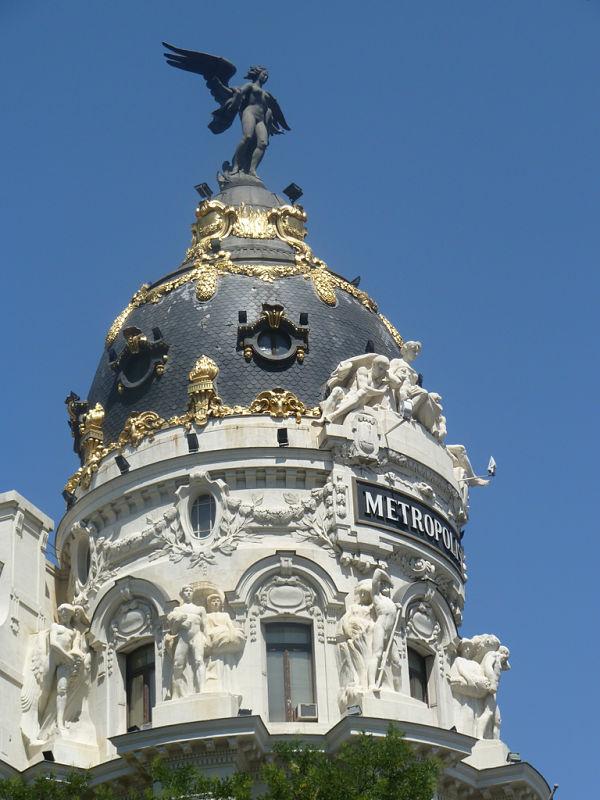 edifico metropolis madrid cupula